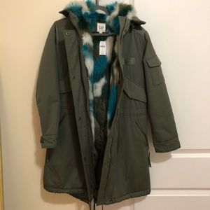 NEW WITH TAG Gap coat size xs